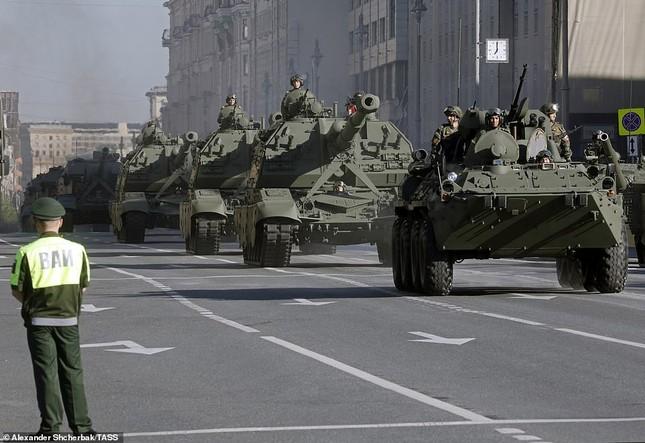 Nga khoe loạt khí tài uy lực trong lễ duyệt binh Ngày Chiến thắng ảnh 3
