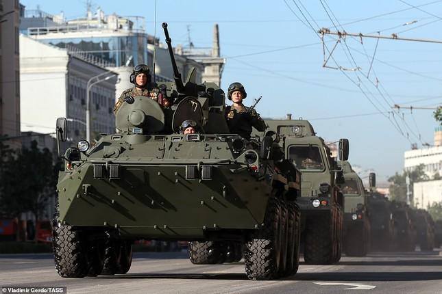 Nga khoe loạt khí tài uy lực trong lễ duyệt binh Ngày Chiến thắng ảnh 9