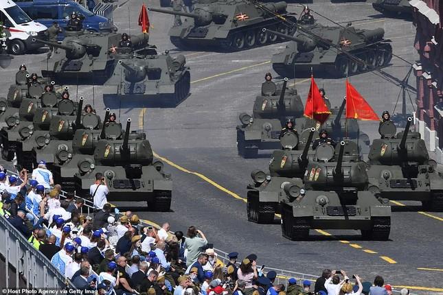 Nga khoe loạt khí tài uy lực trong lễ duyệt binh Ngày Chiến thắng ảnh 2