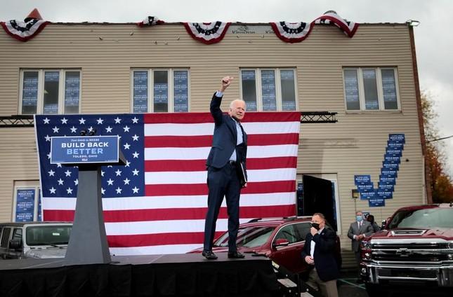 Hai ông Trump - Biden và cách vận động cử tri trái ngược giữa mùa dịch ảnh 19