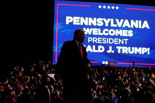 Hai ông Trump - Biden và cách vận động cử tri trái ngược giữa mùa dịch ảnh 9