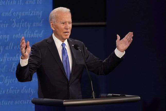Ông Biden: Ai chịu trách nhiệm vì nhiều người chết do COVID-19 không nên làm tổng thống ảnh 7