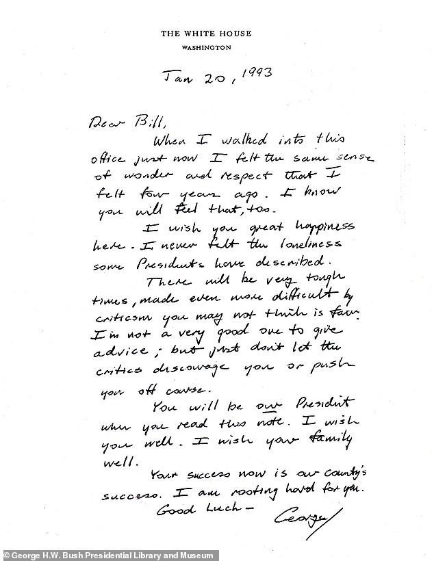 Thư gửi người kế nhiệm của cựu Tổng thống Bush gây 'sốt' trở lại ảnh 1