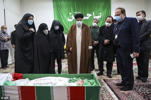 Tình tiết mới: Chuyên gia hạt nhân Iran bị ám sát bởi súng điều khiển từ xa? ảnh 2