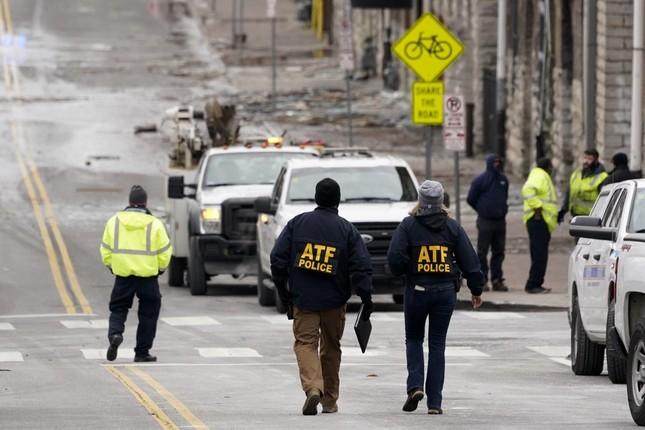 Mỹ: Vụ nổ ngày Giáng sinh là 'tấn công có chủ đích', phát hiện thi thể nghi của người ảnh 13