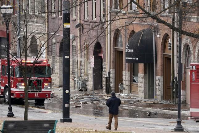 Mỹ: Vụ nổ ngày Giáng sinh là 'tấn công có chủ đích', phát hiện thi thể nghi của người ảnh 3