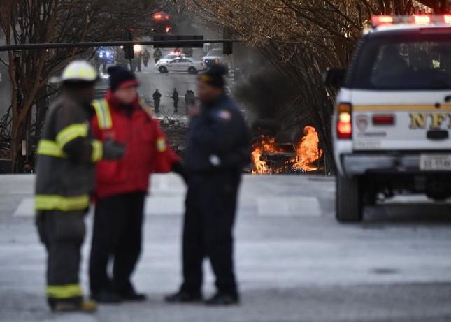 Mỹ: Vụ nổ ngày Giáng sinh là 'tấn công có chủ đích', phát hiện thi thể nghi của người ảnh 9