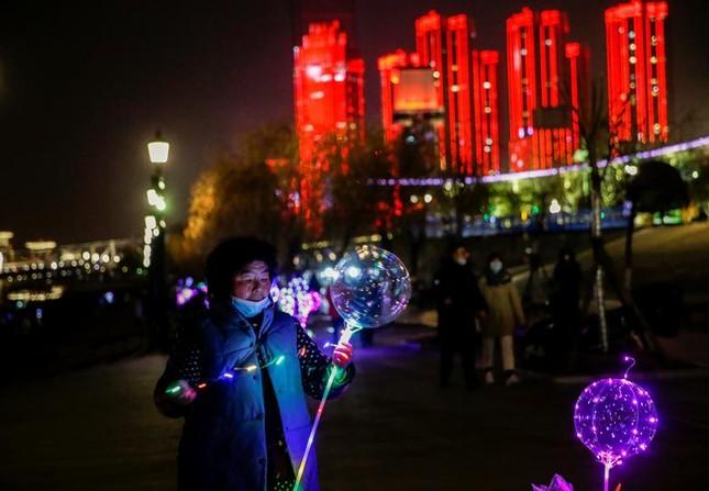 Việt Nam bước sang năm mới 2021 ảnh 27