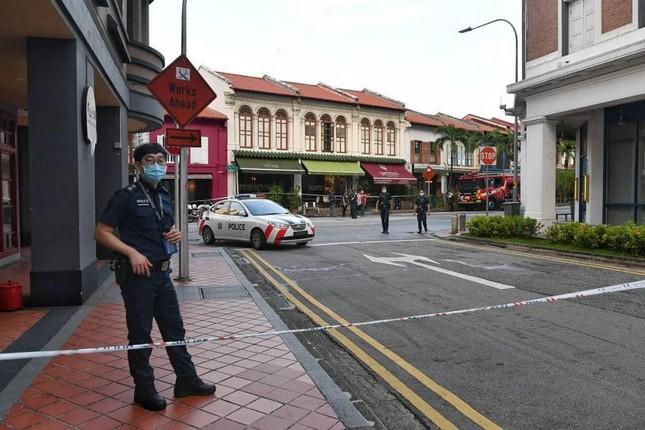 Thảm kịch Tết Nguyên đán Singapore: Xe hơi lao vào cửa hàng, 6 người thương vong ảnh 3