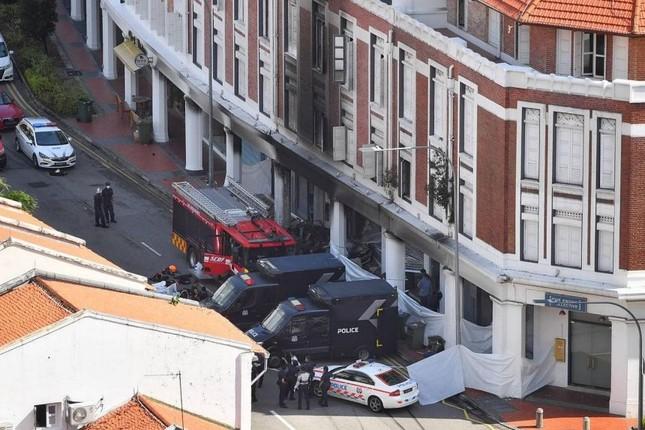 Thảm kịch Tết Nguyên đán Singapore: Xe hơi lao vào cửa hàng, 6 người thương vong ảnh 4