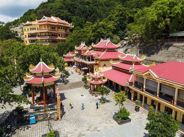 Ngắm nhìn Núi Bà Tây Ninh đẹp vi diệu những ngày đầu xuân ảnh 4