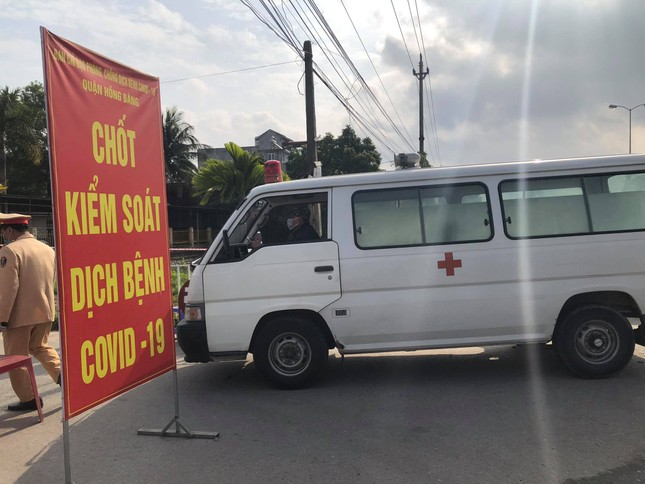 Nữ nhân viên dương tính SARS-CoV-2, phong tỏa Bệnh viện GTVT Hải Phòng ảnh 2