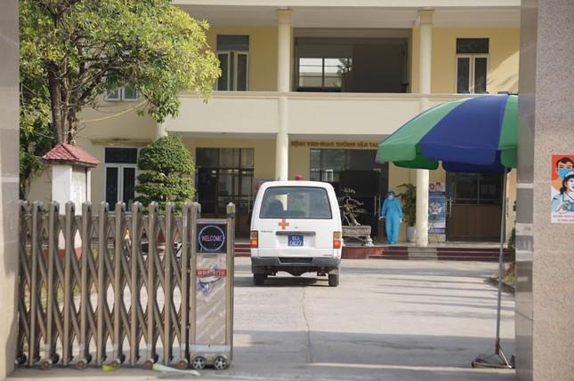 Nữ nhân viên dương tính SARS-CoV-2, phong tỏa Bệnh viện GTVT Hải Phòng ảnh 4