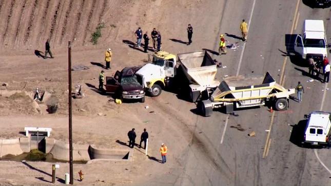 Xe nhồi nhét người nhập cư gặp nạn ở Mỹ, 13 người tử vong ảnh 1