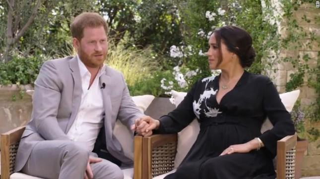 Hoàng gia Anh điều tra cáo buộc vợ Hoàng tử Harry bắt nạt nhân viên ảnh 1