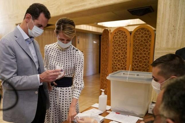 Tổng thống Syria Bashar al-Assad và phu nhân mắc COVID-19 ảnh 1