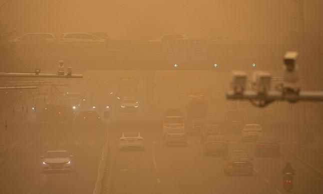 Sáu người chết, 80 người mất tích vì bão cát kinh hoàng ở Mông Cổ ảnh 2