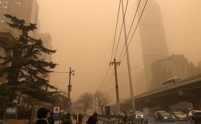 Sáu người chết, 80 người mất tích vì bão cát kinh hoàng ở Mông Cổ ảnh 4
