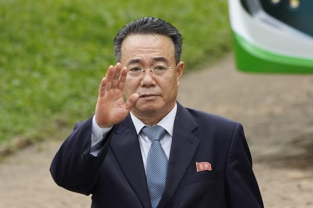 Đoàn ngoại giao Triều Tiên rồng rắn rời Malaysia hậu cắt đứt quan hệ ngoại giao ảnh 2