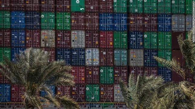 Giải cứu thành công tàu container sau một tuần mắc cạn chắn ngang kênh Suez ảnh 4