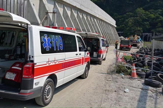 Tàu hỏa trật bánh ở Đài Loan, hơn 100 người thương vong ảnh 1
