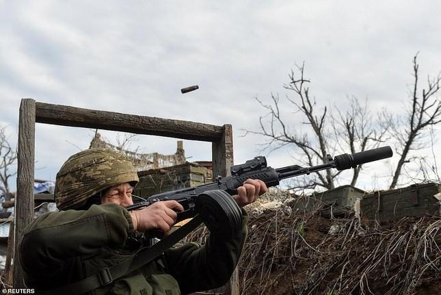 Nổ súng ở khu vực giáp Nga, hai binh sĩ Ukraine thương vong ảnh 4