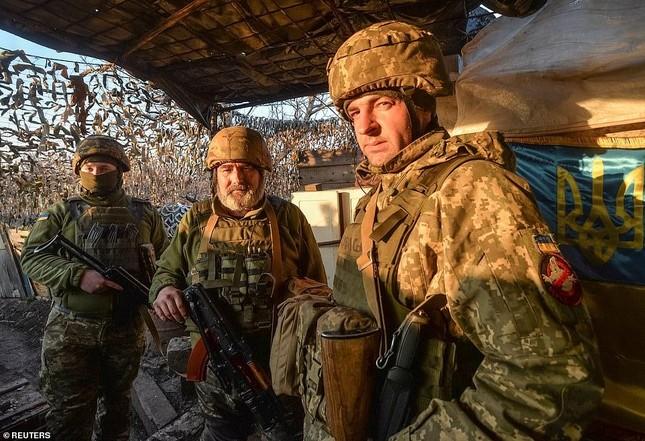 Nổ súng ở khu vực giáp Nga, hai binh sĩ Ukraine thương vong ảnh 5