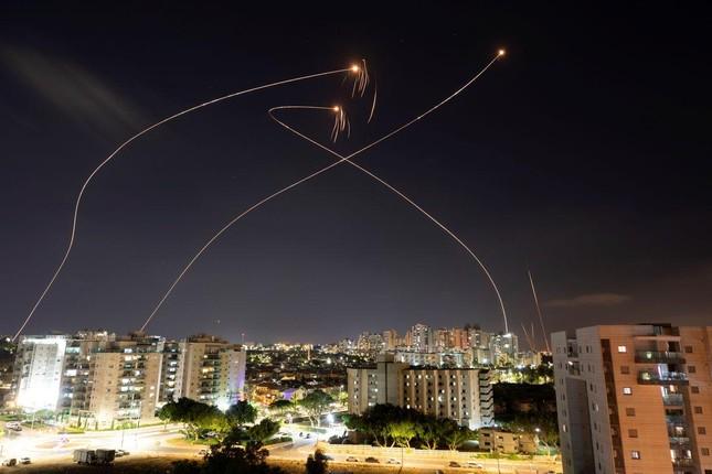 Quân đội tấn công Dải Gaza, Thủ tướng Israel: 'Tôi sẽ bắt Hamas trả giá đắt' ảnh 5