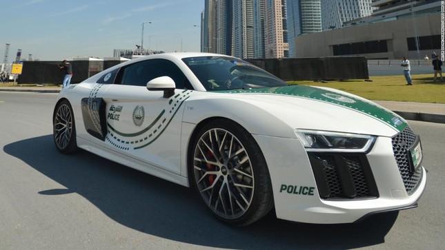 Đội xe cứu thương, xe cảnh sát 'sang chảnh' của Dubai ảnh 3