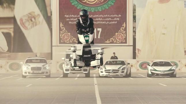 Đội xe cứu thương, xe cảnh sát 'sang chảnh' của Dubai ảnh 14
