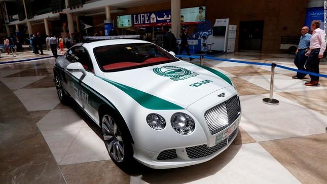 Đội xe cứu thương, xe cảnh sát 'sang chảnh' của Dubai ảnh 6