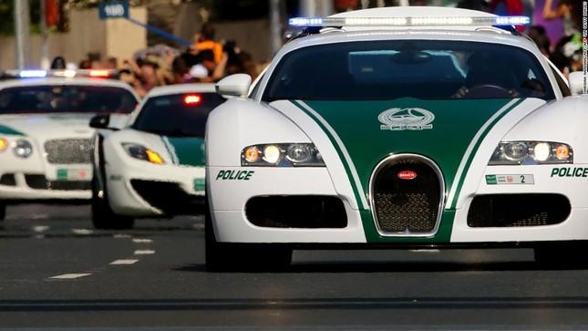 Đội xe cứu thương, xe cảnh sát 'sang chảnh' của Dubai ảnh 10