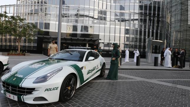 Đội xe cứu thương, xe cảnh sát 'sang chảnh' của Dubai ảnh 8