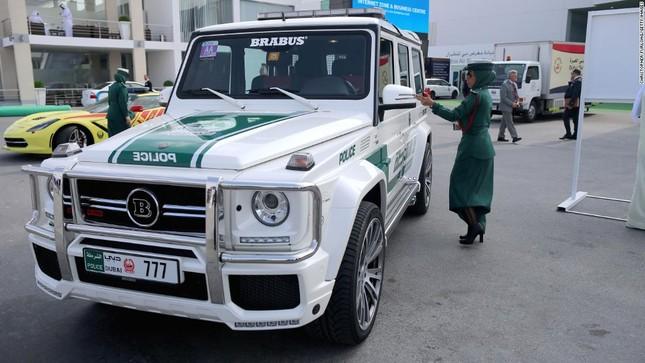 Đội xe cứu thương, xe cảnh sát 'sang chảnh' của Dubai ảnh 9