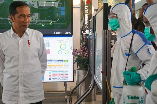 Có số bệnh nhân Covid-19 chết cao nhất ASEAN, Indonesia sẽ tăng xét nghiệm ảnh 1