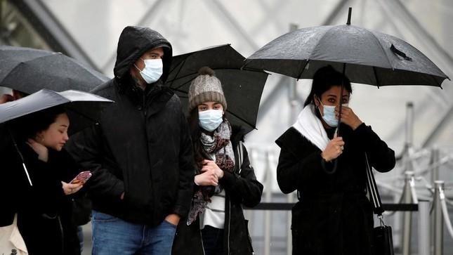 COVID-19: Anh chi 255 triệu USD phát triển vắc-xin, Trung Quốc cấm người nước ngoài ảnh 1