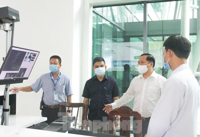 CẬP NHẬT COVID-19 ngày 6/5: Bệnh viện K siết phòng dịch, phạt người không đeo khẩu trang ảnh 8