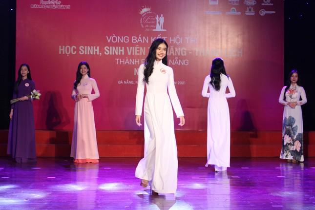 Học sinh, sinh viên thanh lịch Đà Nẵng khoe sắc với áo dài ảnh 2