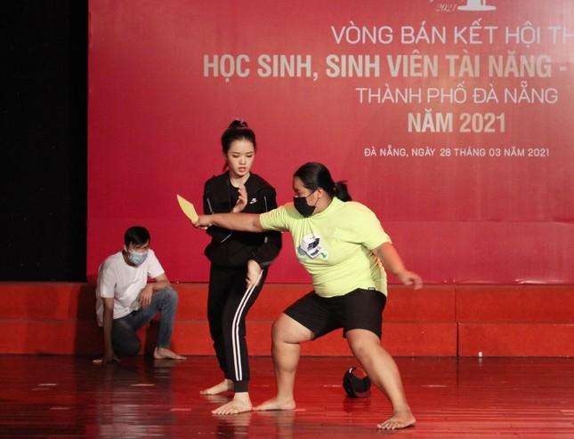 Học sinh, sinh viên thanh lịch Đà Nẵng khoe sắc với áo dài ảnh 9