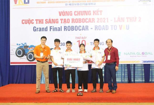 Sinh viên Đà Nẵng tranh tài kịch tính tại Cuộc thi RoboCar ảnh 2