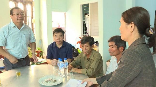 Hiện trường tan hoang vụ 'xe điên' lao vào nhà dân ở Quảng Ngãi ảnh 12