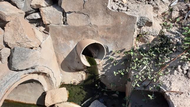 Khu dân cư ở Bình Định khốn đốn vì nước thải ô nhiễm ảnh 5