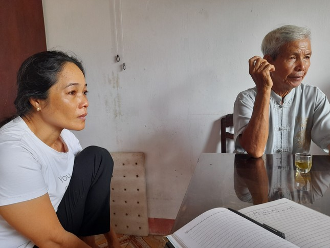 Cứu được 3 ngư dân trên tàu cá Bình Định bị chìm trên đường chạy bão ảnh 1