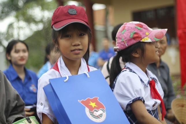 Tuổi trẻ Bình Định làm nhiều phần việc ý nghĩa chào mừng 90 năm ngày thành lập Đoàn ảnh 4