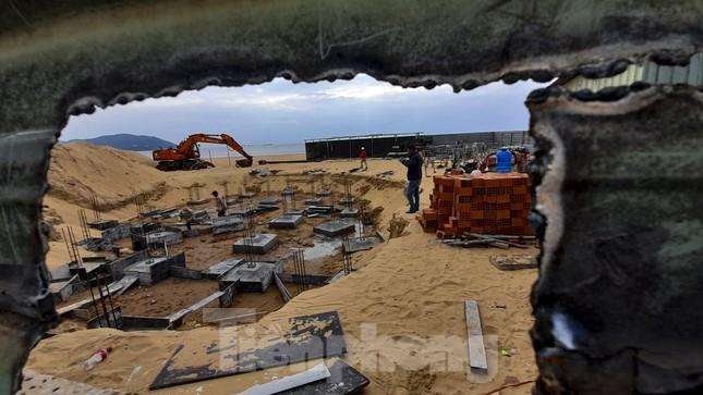 Công trình khu dịch vụ xây trái phép trên biển Quy Nhơn ảnh 3