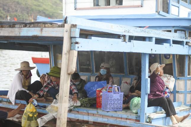 'Mang Tết' ra đảo Cù Lao Xanh ảnh 3