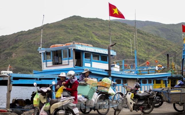 'Mang Tết' ra đảo Cù Lao Xanh ảnh 2