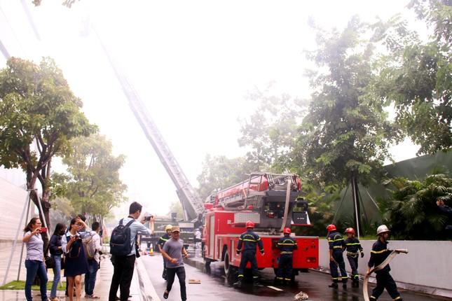 1000 người diễn tập chữa cháy tại Đà Nẵng ảnh 1