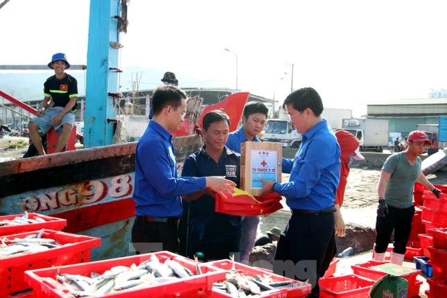 Đà Nẵng sôi nổi ra quân chiến dịch tình nguyện hè 2020 ảnh 4