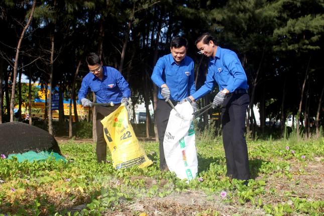 Đà Nẵng sôi nổi ra quân chiến dịch tình nguyện hè 2020 ảnh 2
